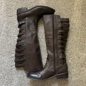Size 9 • Carlos Santana Brown Boots